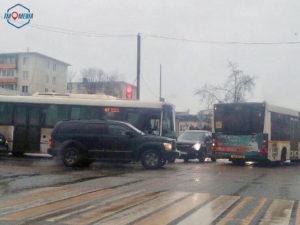 ДТП с автобусом парализовало центр Можайска
