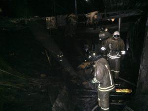 Пожар в автосервисе: машины вместо ремонта сгорели