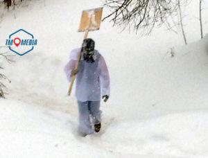 Бэтмен и Человек-паук спасают Можайск от снега